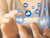 compartir entusiasmo en redes sociales