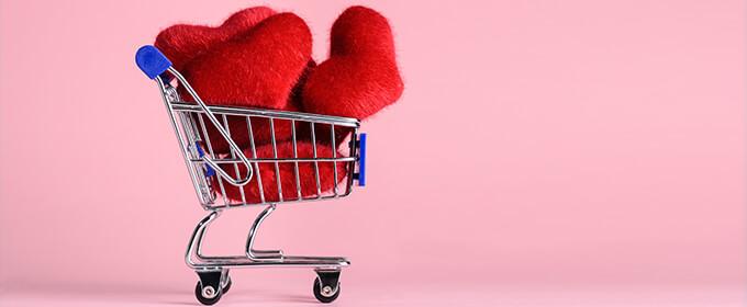 carrito de compra con corazones